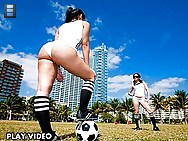 It was a beautiful spring day here in Miami, so Sophia and Summer are enjoying a nice warm day kicking some balls around. Those aren't the only t